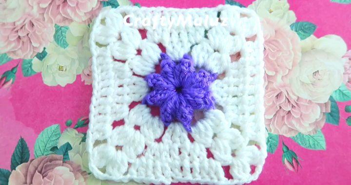 CUADRO TEJIDO ACROCHET CON FLOR EN EL CENTRO EN PUNTO POPCORN | granny square Aplicación de crochet