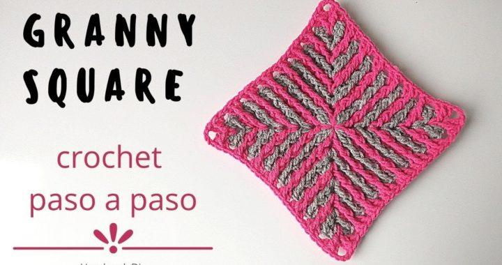 Cómo tejer cuadrado a crochet con puntos en relieve