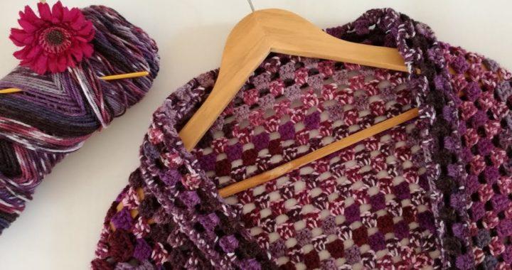 BOLERO TEJIDO A BASE DE UN CUADRO (Granny Squared) a Crochet