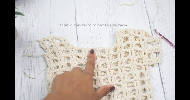 Blusa de Croche em Quadrados com Grafico