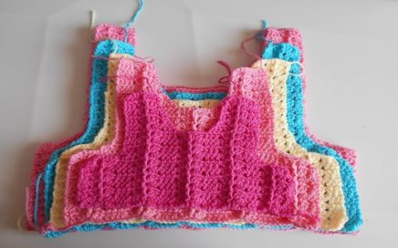 Como hacer canesu a crochet o ganchillo en todas las tallas / How to make canesu for girl dress