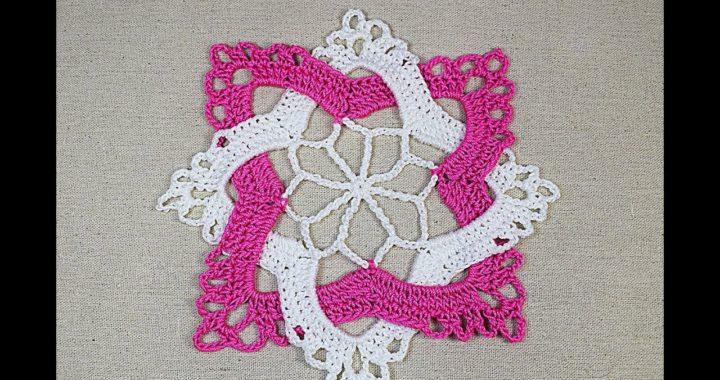 Cuadrado entrelazado a crochet muy facil y rapido #crochet #ganchillo #majovelcrochet