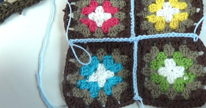 Unir cuadrados en ganchillo para manta facil