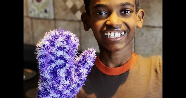 Crochet Scrubby Mitt Tutorial by Jonah's Hands