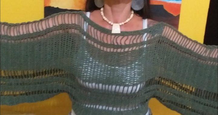 """Explicação da barra da blusa """"Boho Outono"""", o vídeo completo está na descrição abaixo 👇"""