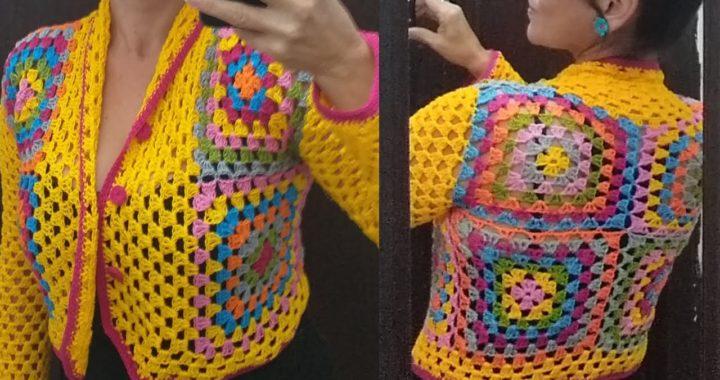 Casaquinho de crochê granny squares slim, tutorial passo a passo rápido de fazer. #marcialobocroche