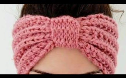 Diadema tejida a crochet. Muestra del tramado.