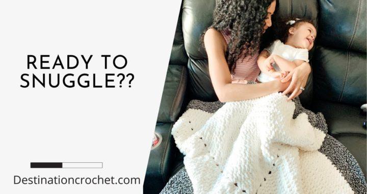 EASIEST CROCHET BLANKET PATTERNS FOR BEGINNERS: Big Yarn Crochet - Solid Granny Square Blanket