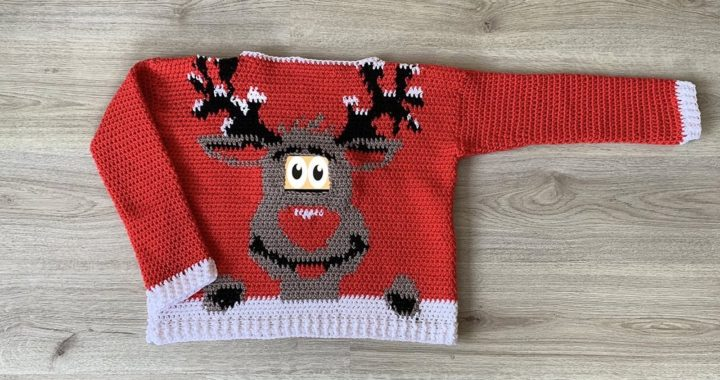 REINDEER CHRISTMAS SWEATER - FREE CROCHET PATTERN