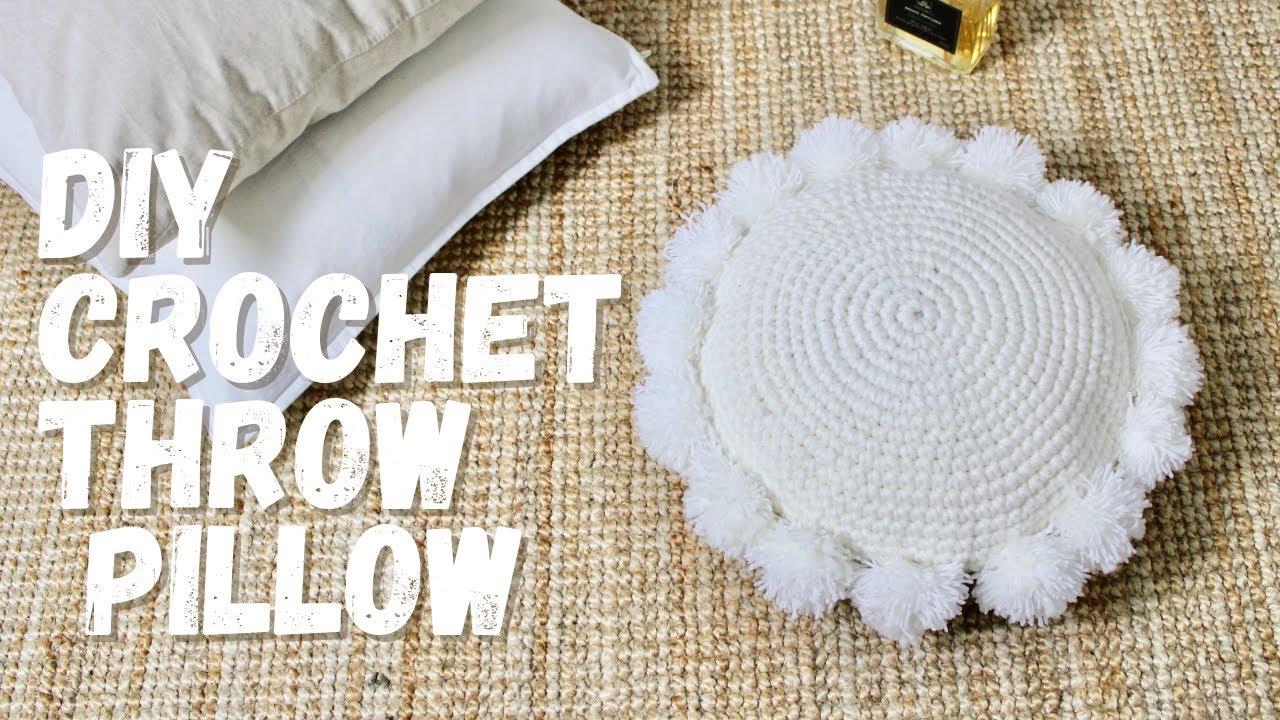 easy crochet round pillow pattern.crochet pillow patterns for beginners.diy crochet throw pillow.